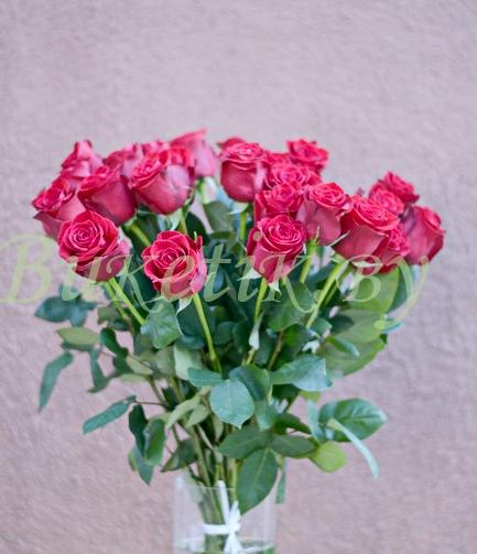 Букет из роз сорта Freedom