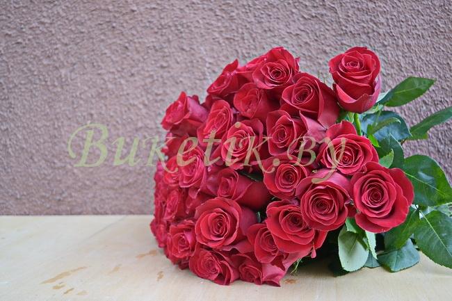 Букет роз сорта Freedom