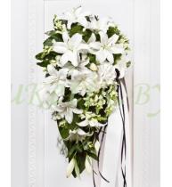 Траурный букет из белых лилий